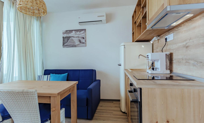 Бунгало Тип 1 - трапезария и кухня.jpg